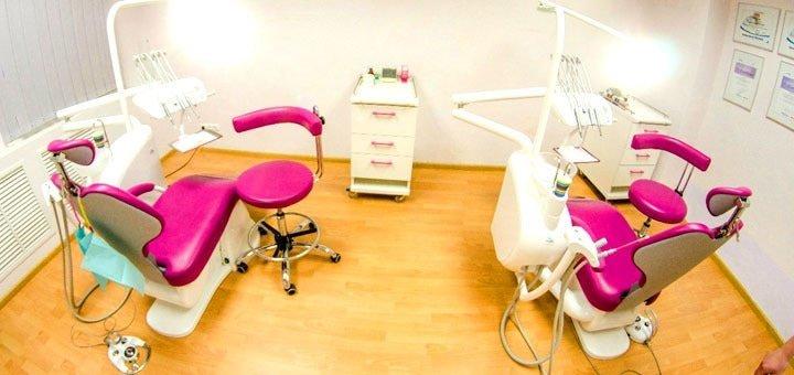 Ультразвуковая чистка зубов Air Flow фторирование в стоматологической клинике «Klinik im Zentrum»