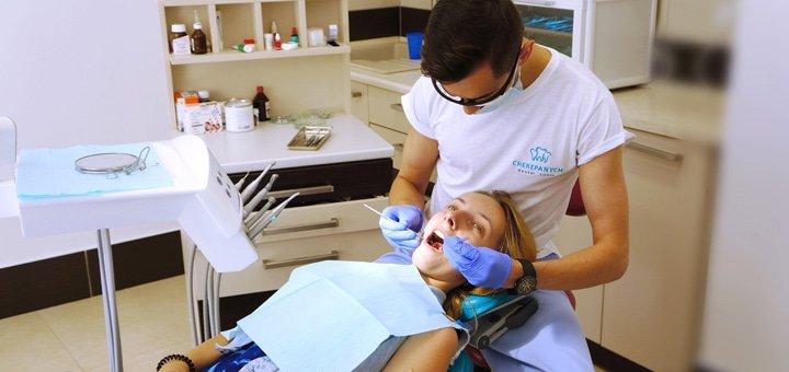 Знижка до 56% на встановлення металевих або керамічних брекет-систем в стоматологічній клініці «Cherepanych»