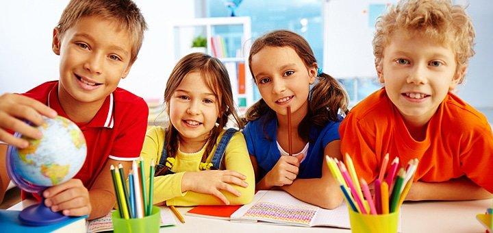 Лучший детский отдых с изучением английского языка в лагере «Смена» под Киевом! Питание, бассейн, спортивные состязания!