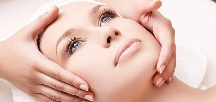 Скидка до 55% на инъекции Botox® в косметологическом кабинете «Красотка»