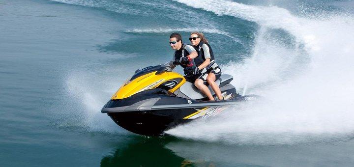 Скидка до 40% на прокат гидроцикла на пляже Bora Bora от «Aqua Drive»
