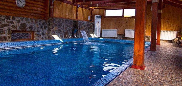 От 4 дней отдыха с питанием и поездками на термальные источники в отеле «Катерина» в Поляне