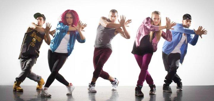 До 24 занятий по любым направлениям танцев в школе «Wolf dance school»