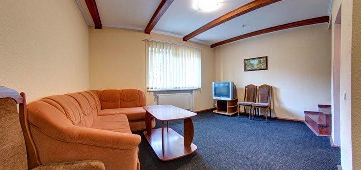 От 2 дней отдыха с питанием и баней в отеле «София форест клуб» в Яремче