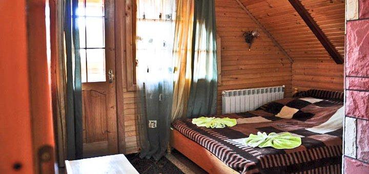 От 4 дней зимнего отдыха для компании до четверых в коттедже «Соломія» в Микуличине