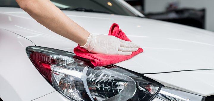 Покрытие кузова твердым воском, наружная мойка и чернение резины авто на СТО «Автопортал»