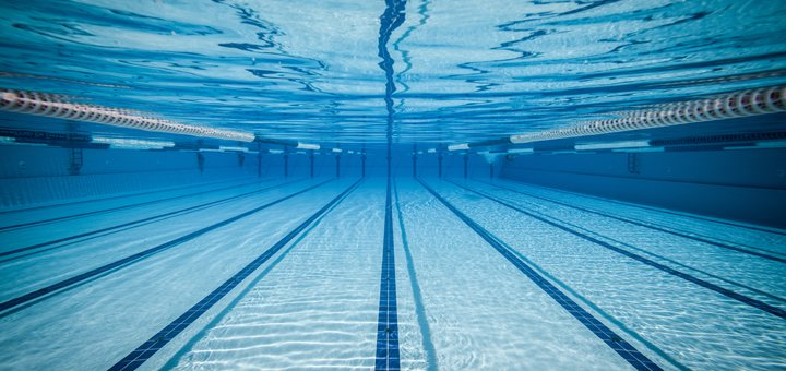 До 24 занятий плаванием для взрослых и детей в бассейне «Перша Школа Плавання»