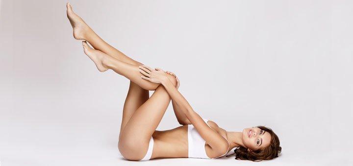 До 10 сеансов массажа «голливудские ножки» и водорослевое обертывание в «Три грации»