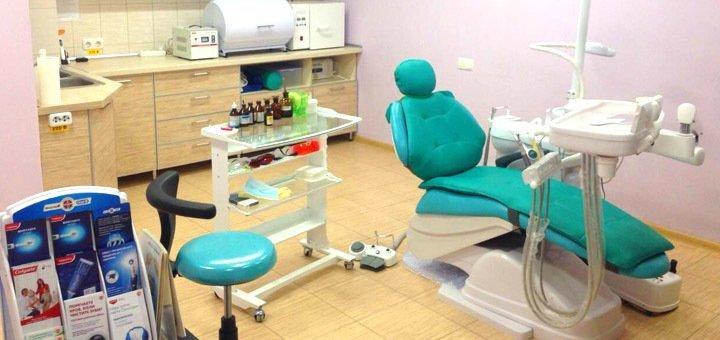 Ультразвуковая чистка зубов с Air-Flow в стоматологии «Посмішка 32»