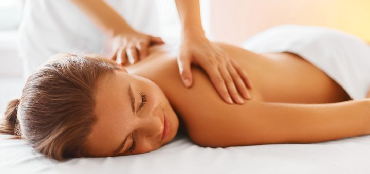 До 10 сеансов массажа спины, шейно-воротниковой зоны или стоп в студии красоты «AntiSalon»