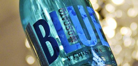 Blue_wine_okwine