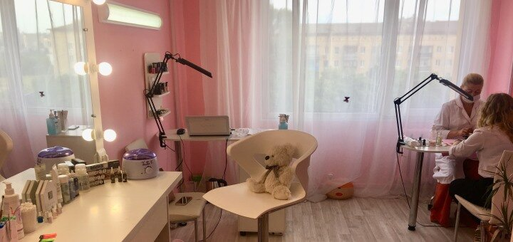 Ботокс, ламинирование или биофиксация бровей в студии красоты «AntiSalon»