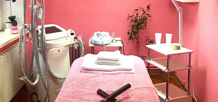 До 10 сеансов вакуумного массажа лица в студии красоты «AntiSalon SPA»
