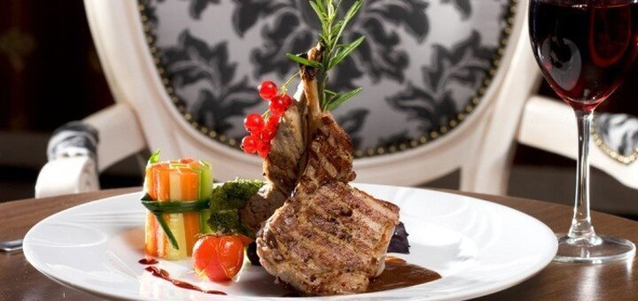 Ужин во французском ресторане «Mon Ami»