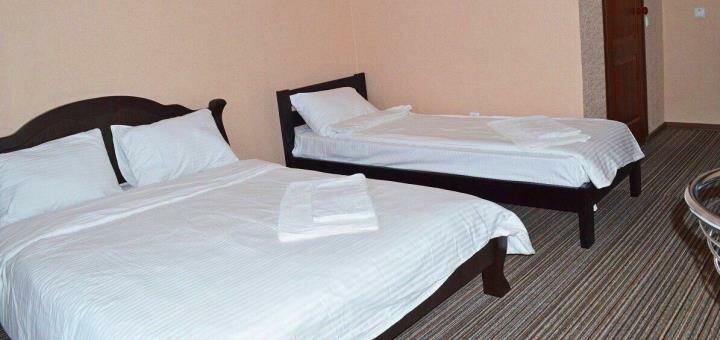 От 3 дней отдыха с двухразовым питанием в июне в отеле с бассейном «Rich» в Железном Порту