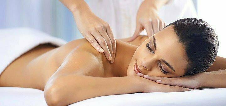 Тайський масаж аромасвічкою «Гавайська квітка» в масажному кабінеті «Artmassage»