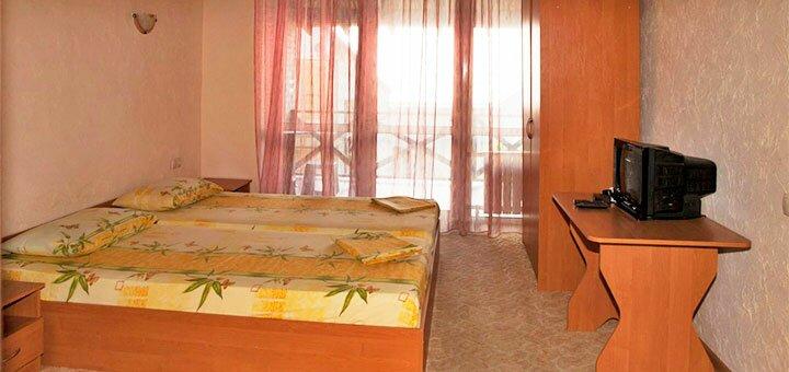 От 3 дней отдыха в августе и сентябре в отеле «Морская пристань» в Бердянске
