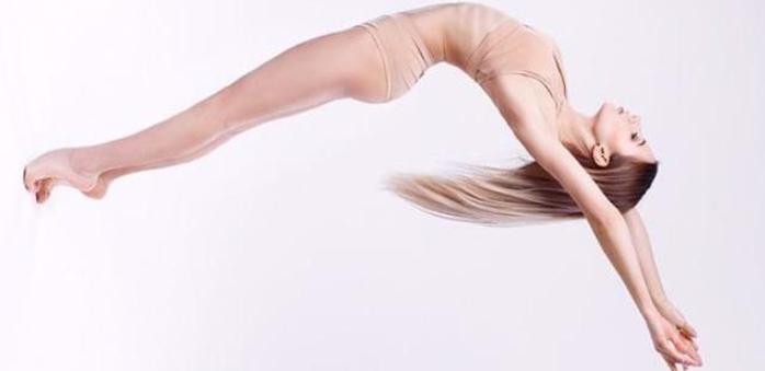 До 24 занятий йогой, растяжкой, Contemporary, Pole Dance, воздушной гимнастикой в «Pole Sport»
