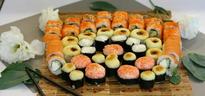 Скидка 52% на килограммовый суши-сет «Мацури» от магазина-ресторана японской кухни «Суши WOK»