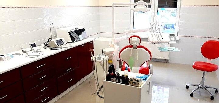 Скидка 34% на установку виниров «EMAX» в стоматологической клинике «Галерея посмішок»