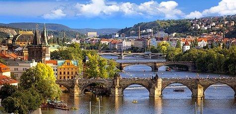 Praha-large
