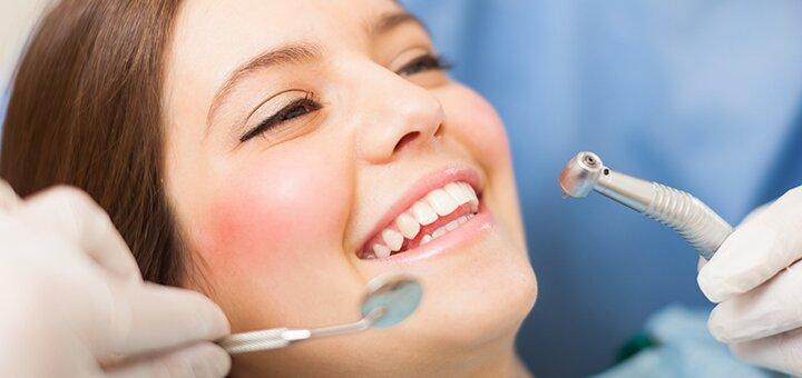 Ультразвуковая чистка зубов, Air Flow, фторирование в стоматологическом кабинете Юлии Окминской