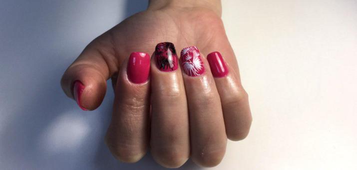 Маникюр с покрытием гель-лаком в студии маникюра «Ksenia Deh Nails»
