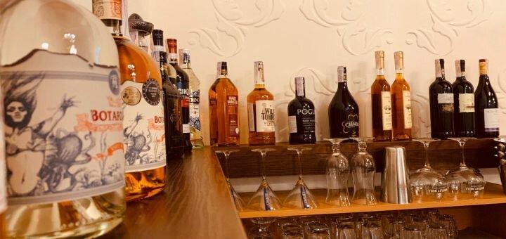 Скидка 50% на меню кухни и безалкогольные напитки в «Suburban Club»