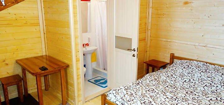 Лето в Карпатах! До 8 дней отдыха с питанием для двоих или до 4-х человек в Яремче!